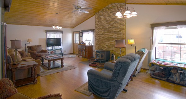 32 Ranch Road living area