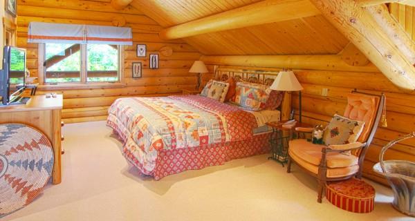 9448 CR 502 master loft bedroom
