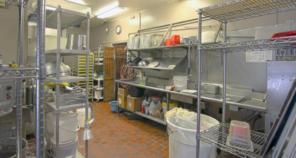 2653 Main Ave Durango CO dishwashing station