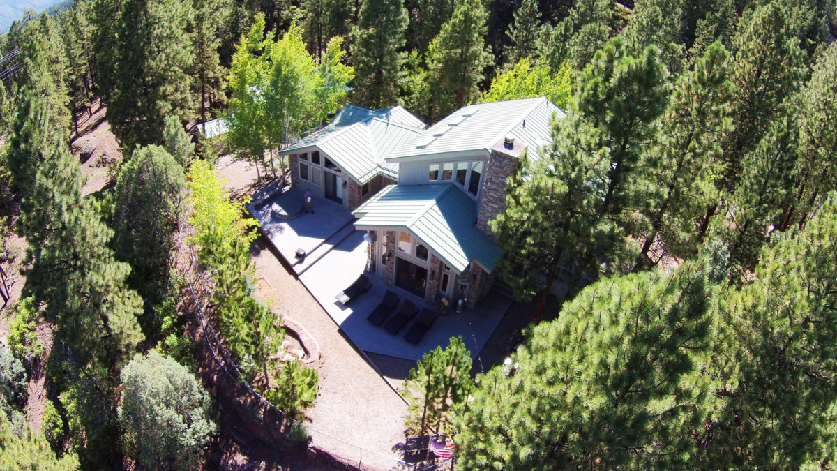 Stunning, fully furnished Home between Durango & Purgatory!
